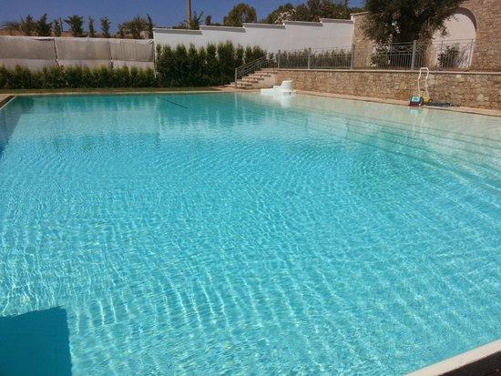 Victoria Palace Hotel: piscina 4