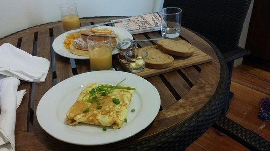 WaterColors Boracay Dive Resort: Best pancakes!