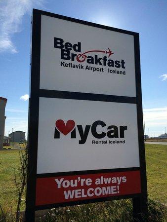 Bed and Breakfast, Keflavik Airport: B&B and Car Rental
