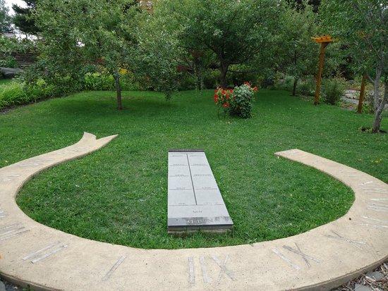 Jardins de Doris : Un autre cadran solaire