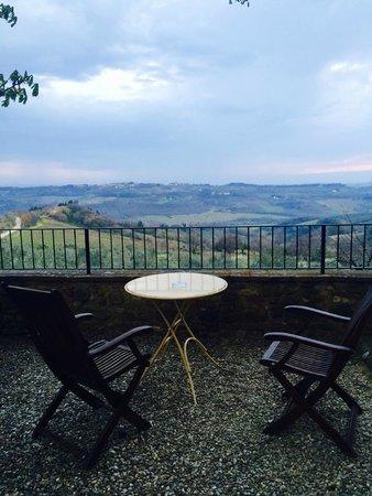 Villa il Poggiale Dimora Storica : panorama dal giardino