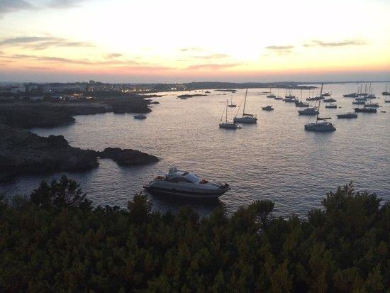Hotel Club Punta Prima: Vista dal villaggio