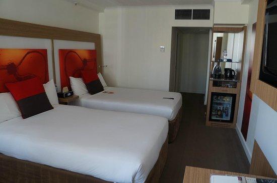 Novotel Brisbane: Twin Room on Premier Floor 13