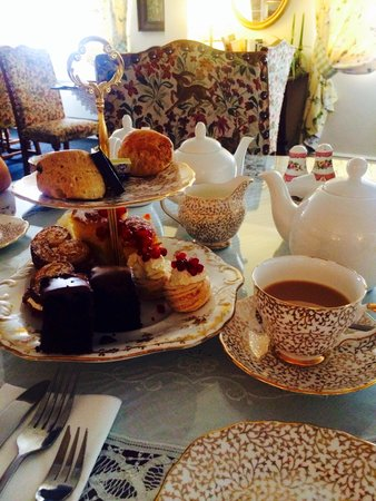 Out Rawcliffe, UK: Afternoon tea