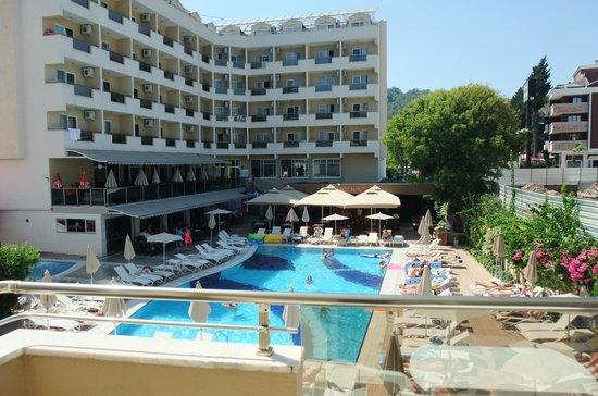 Prestige Hotel & Apart: morgen sol fra værl 103