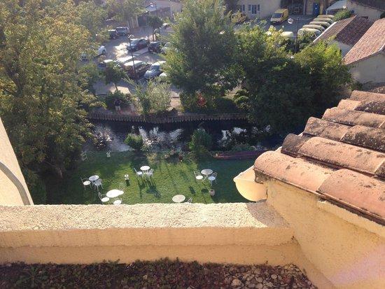 Hotel Les Nevons: Vue depuis la terrasse de la piscine