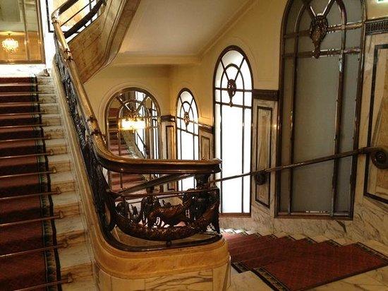 Hotel Bristol Wien: Stairs