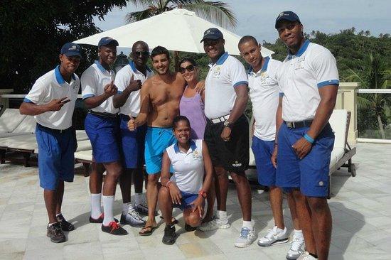 Grand Bahia Principe Cayacoa : Gracias Familia de Animacion