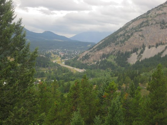 BCMInns - Coleman: View from Frank's Slide Interpretive Centre
