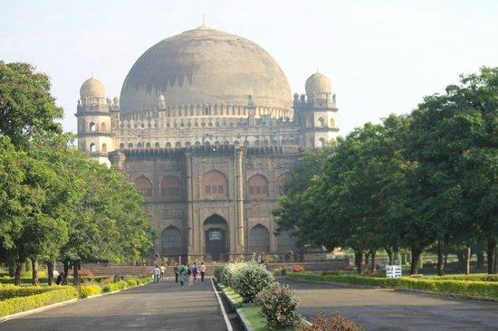 GolGumbaz, Bijapur, Karnataka, India