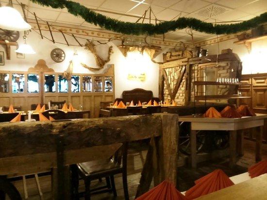 Der alte Fritz: tavoli all'interno