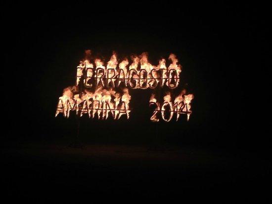 VOI Amarina resort: giochi col fuoco di ferragosto