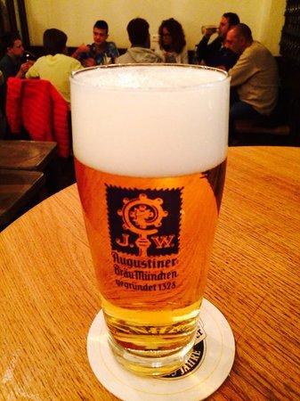 Zum Augustiner: birra