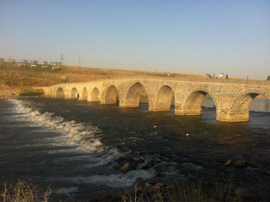 Tarihi Murat Bridge