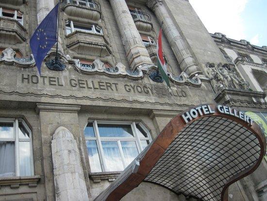 Gellert Spa: The main entrance