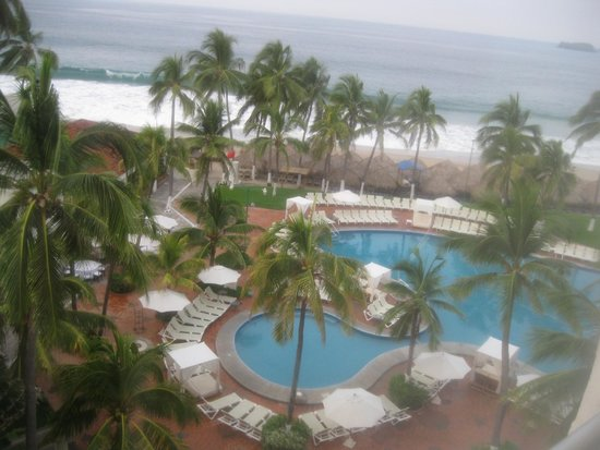 Emporio Ixtapa : View of pool from our room