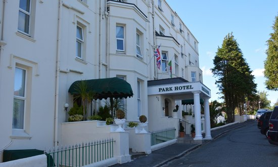 The Park Hotel Tenby: Front of hotel