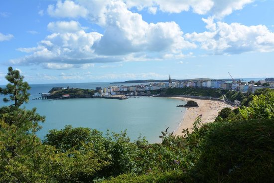 The Park Hotel Tenby: View from hotel grounds to Tenby