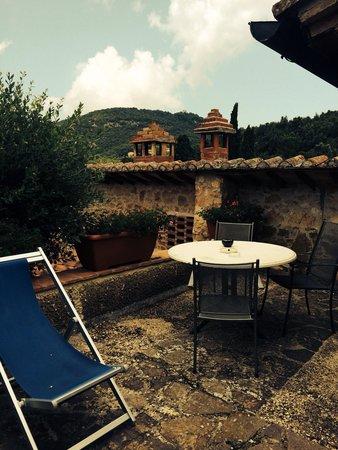 Borgo Il Poggiaccio: La terrazza de La Vecchia Scuola