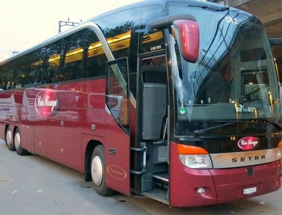 Steigenberger Hotel Hamburg: Car Rouge Premium-Bus