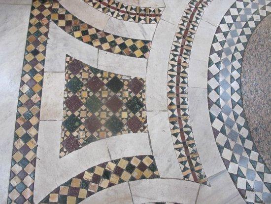 Basilica di Santa Maria Maggiore Cosmati floors