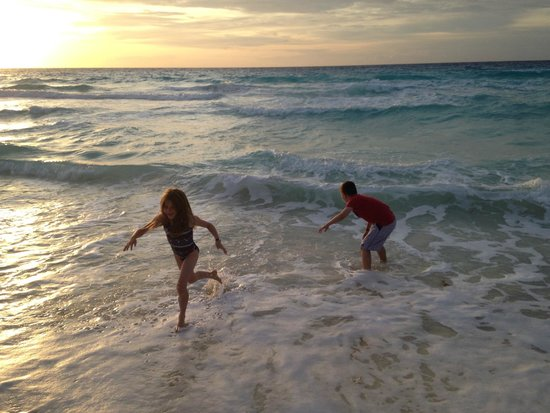The Royal Sands: Beach time