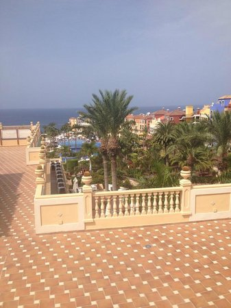 Bahia Principe Tenerife : View while waiting for bus on Adeje side