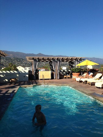 Kimpton Canary Hotel: Beautiful rooftop pool and bar area