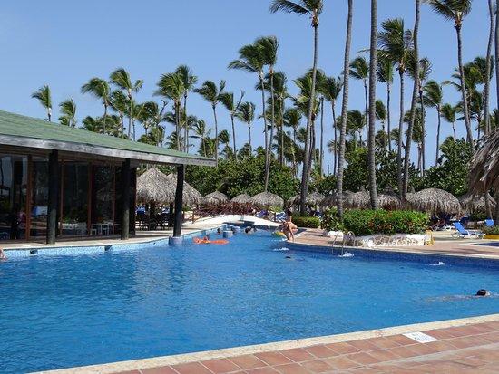 Sirenis Punta Cana Resort Casino & Aquagames : Une des nombreuses piscines