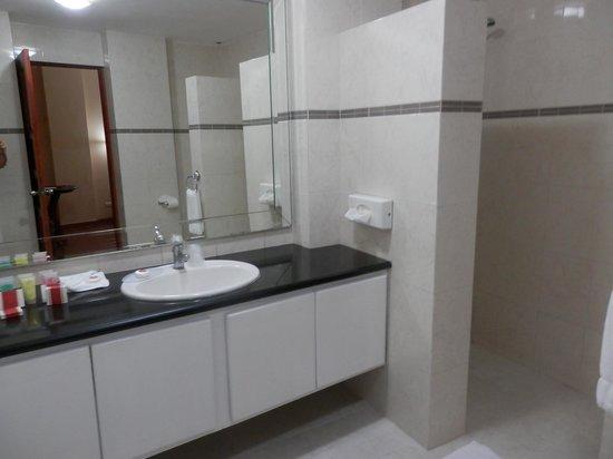 Boutique Hotel Palacio: bathroom