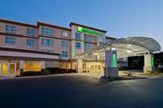 Holiday Inn Hotel and Suites Savannah-Pooler: nice place