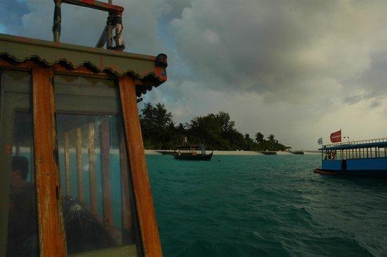 VOI Maayafushi Resort: isola dal doni
