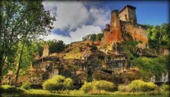 Château de Commarque: vue3