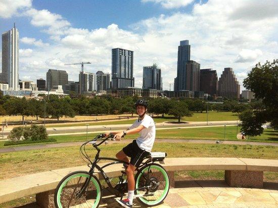 Rocket Electrics Tours: Rocket Bike Rental