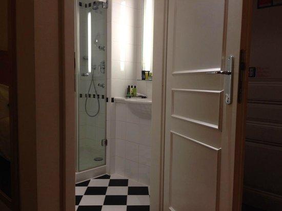Hotel Century Old Town Prague - MGallery by Sofitel : salle de bain