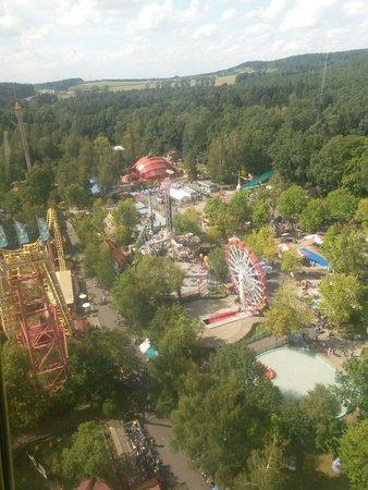 Freizeit-Land Geiselwind: Blick vom Aussichtsturm Top of the World auf den Park