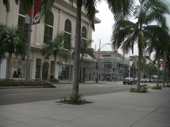 Luxe Rodeo Drive Hotel: street