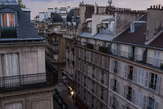 Hotel Duret : Utsikt över takåsarna i Paris