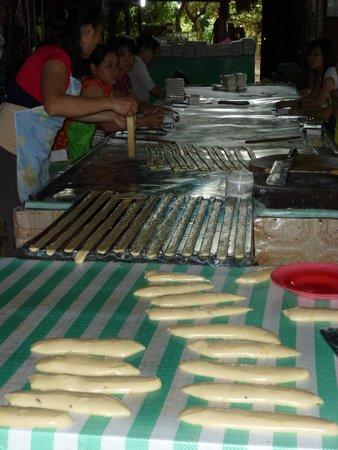 Cai Be Floating Market : Kokosnussbonbons