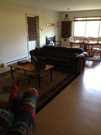 True North B&B: view from living room to dining area