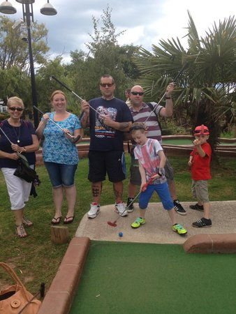 Jungle Journey Adventure Golf: Family and friends