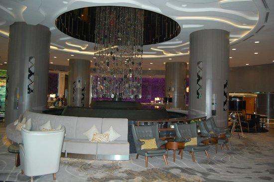 ميريديان كوالالمبور: Interessante Raumgestaltung in der Lobby