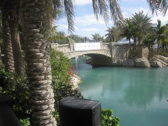 Souk Madinat Jumeirah : walkways bridge