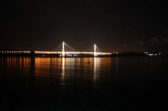 Bridge to Russky Island : View from Russky Island