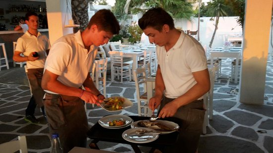 Siparos: Great service