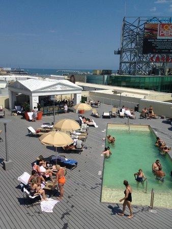 Green pool picture of caesars atlantic city atlantic - Tropicana atlantic city swimming pool ...