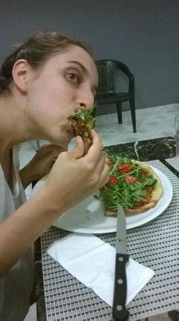 Solo Da Me : questa è la pizza senza glutine con tonno, cipolla, olive e rucola
