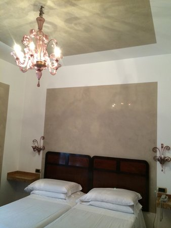 Hotel Saturnia & International: Room 15