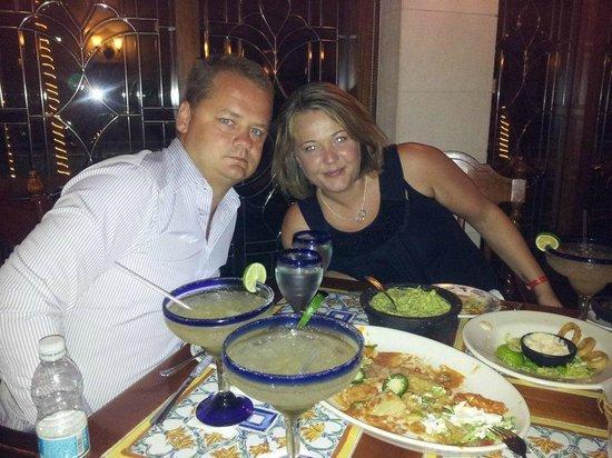 Hacienda Sisal : Mate and Gf on her 40th birthday