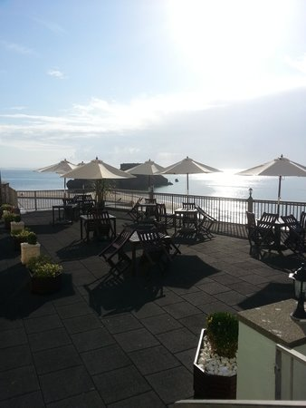 The Imperial Tenby Hotel: Patio Area